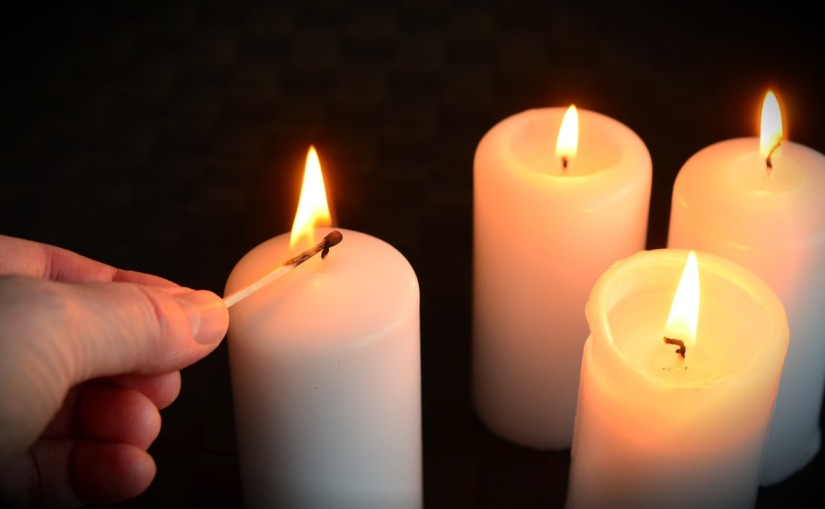 candles-1076675_1280